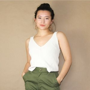 (14) simple earthy hm knitted cropped tank top